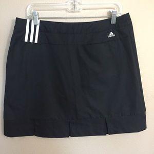 Adidas black golf/tennis Skort size 10 EUC